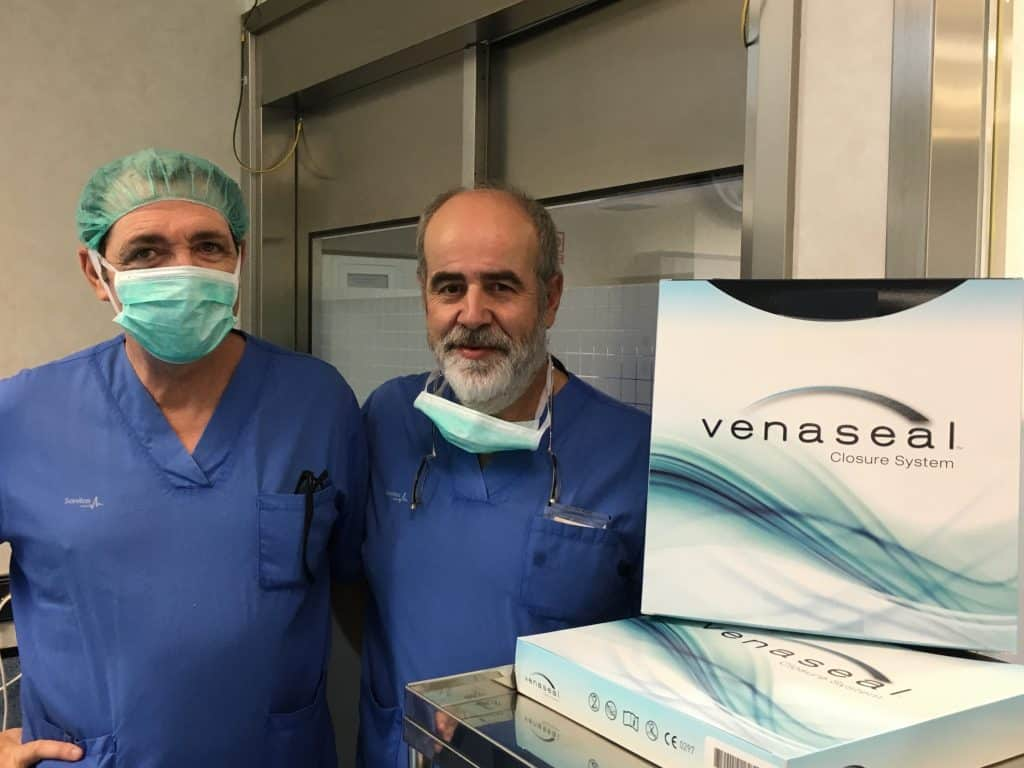 Tratamiento de varices con pegamento. Drs. German Morales y Fernando Abadía en Workshop.